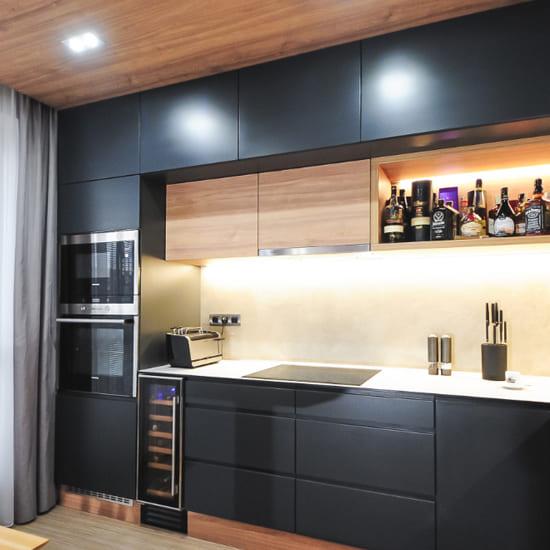 кухня под потолок