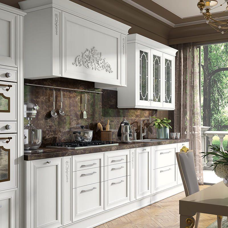 Белая кухня в неоклассическом стиле