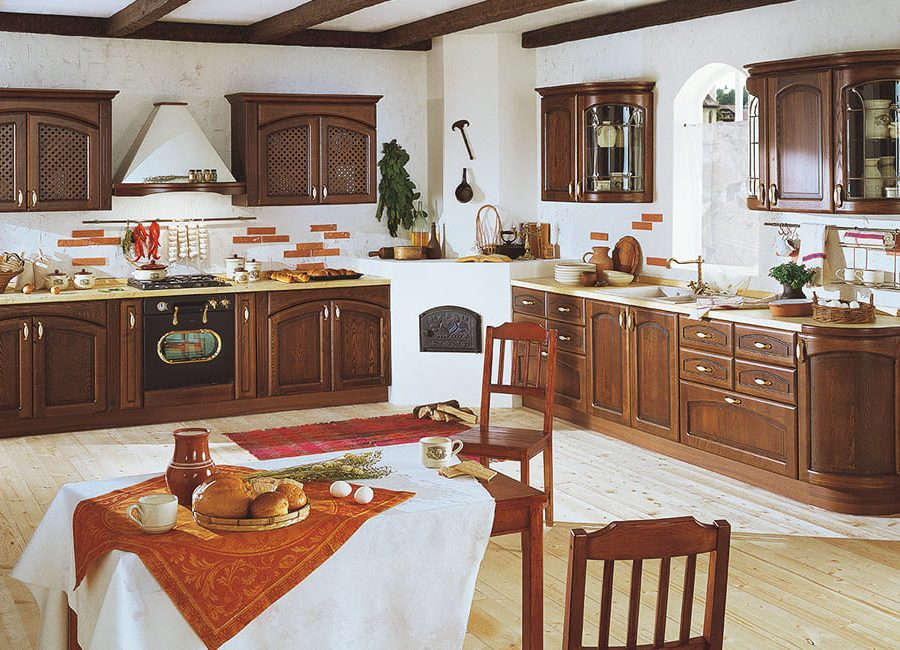 Кухня из итальянского массива